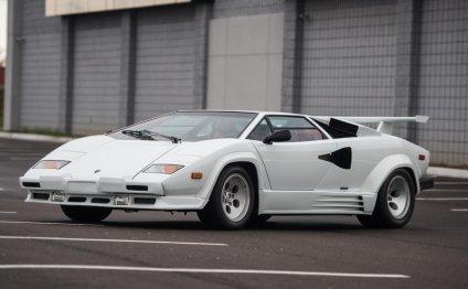 спорткар Lamborghini